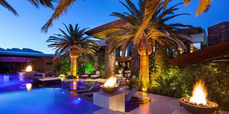David-Copperfield-Las-Vegas-Mansion-Pool-Area-1024x512