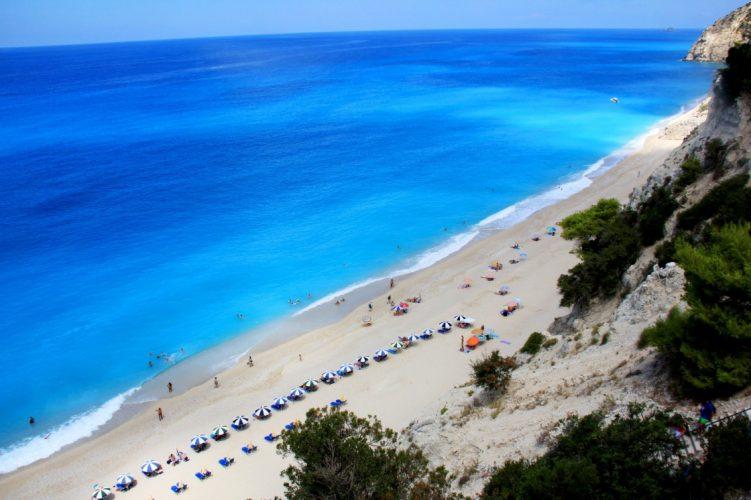 paralies-sth-leykada-katagalana-nera-egremni-beach-in-lefkada-island-in-greece-126-34df